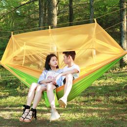 balanços adultos Desconto 12 Cores Portátil Camping Hammock Parachute NylonTravel Balanços Ao Ar Livre Redes Mosquiteiros Penduradas Camas para Pessoa Dupla 260 * 140 cm