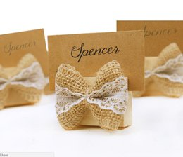 2019 имя владельца свадебного стола Wooden Wedding Name Place Card Holders with Linen Bow Tie Place Card Holder Table Number For Wedding Party Decoration скидка имя владельца свадебного стола