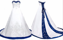 Argentina Azul real y blanco Vestido de novia bordado Princesa Satén Una línea de encaje hasta Atrás Corte Tren Lentejuelas con cuentas largos vestidos de boda baratos Suministro