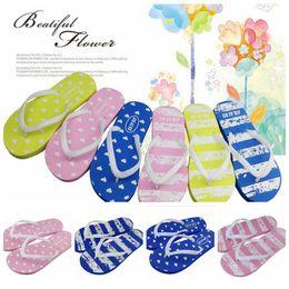 Wholesale Pair Heart - Women Beach Shoes Heart Love Slippers Summer EVA Stripe Anti Slip Flip Flops Flat Sandals 50 Pairs OOA4199