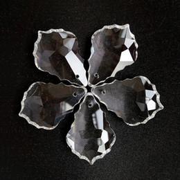 ornamenti di vetro di vetro Sconti 20pcs trasparente piombo cristalli lampada lampadario prismi parti appeso acero foglia pendente accessori di illuminazione decorazione
