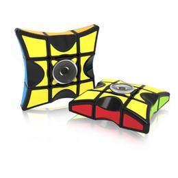 Nouveau Cube Spinner Fidget Cubes Spinning Magic Cube EDC Rotation Anti-Stress Spinners Fidget Spinners Décompression Nouveauté Jouets pour Enfants ? partir de fabricateur