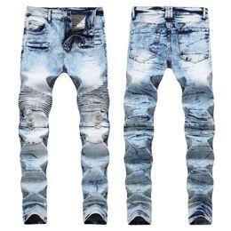 Hombres angustiados Arrancó Jeans Diseñador de moda Skinny Slim Fit  Motocicleta Biker Jeans Causal Denim Pants Streetwear Estilo mens Jeans  Cool jeans ... cd736d691