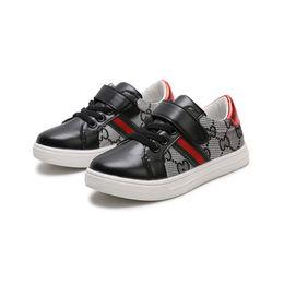 Argentina 2018 Las mejores marcas Primavera Verano Nuevo Diseñador de moda Zapatos para niños Zapatos de estilo casual Zapatos de costura coreanos para bebés niños COCO Suministro