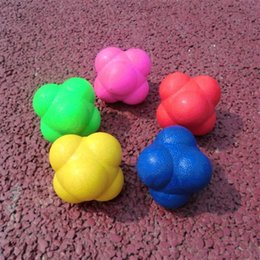 Wholesale play fitness - Hexagonal Bouncing Ball Medium Difficulty Solid Fitness Motion Training Agility Speed Reaction TRP Balls Toy New Arrival 5ss W