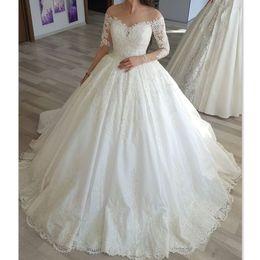 Abiti da sposa vintage 2018 Paese Manica lunga Sheer Appliqued Pizzo Eleganti abiti da sposa di Charme Custom Made Princess Nuovo da