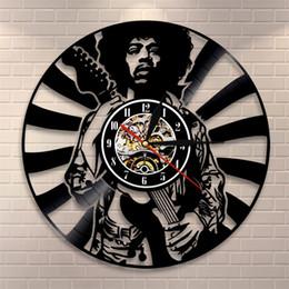 2020 decoración casera artesanía hecha a mano Jimi Hendrix Reloj de Pared de Vinilo Sala de estar Relojes de Dormitorio Retro Nostalgia Negro Moderno Arte Hecho A Mano Regalo Decoración 63qm bb decoración casera artesanía hecha a mano baratos