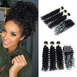 Peruvian Deep Wave 3 Paquetes con cierre Grado 8A Tramas de cabello humano virgen peruana con extensiones de encaje 4x4 Color negro natural desde fabricantes