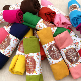 Hot 29 Colores Foulard Algodón Lino Hijab Bufanda Moda Sólido Mantón Bufanda Mujer Negro Azul Rojo Warp Pañuelos de Las Mujeres 2018 desde fabricantes