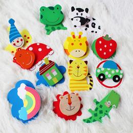 Деревянные магниты для детей онлайн-бесплатная доставка 12pcs/набор деревянный холодильник Магнит образование ЖЖ милый парень детские игрушки мультфильм животных фрукты холодильник магниты