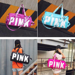 Wholesale Travel Cloth Shoulder Bag - Love Pink Letter Ladies Travel Duffle Bags Women Gilrs Handbag Oxford Cloth Large Capacity Outdoor Travel Beach Shoulder Bags Yoga Bag