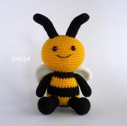 Portachiavi con fiore e ape amigurumi fatti a mano all'uncinetto ... | 259x260