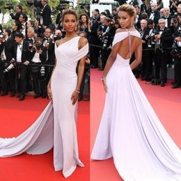 Wholesale cheap chic long evening dresses - 2018 Chic Mermaid Chiffon Evening Dresses Off The Shoulder Open Back Beaded Crystal celebrity Prom Gowns Cheap Long Red Carpet Dresses