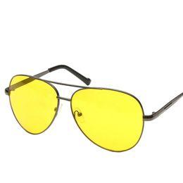 Copos de noite dos pilotos on-line-Cubojue Oversize Night Driving óculos de Sol Das Mulheres Dos Homens Amarelo Preto Óculos de Sol Aviação Piloto Rã Do Vintage Grande Punk De Óculos de Sol