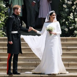 Wholesale prince weddings - Prince Harry&Meghan Markle Wedding Dresses Newest 2018 Bateau Neck Long Sleeves Simple Satin Long Sweep Bridal Wedding Gowns