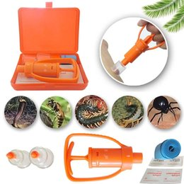 mountaineering gears Promo Codes - free shipping Venom Extractor Pump First Aid Safety Kit Emergency Snake Bite Outdoor Camp Emergency Gear Outdoor Safety Bee Snake Bite Kit