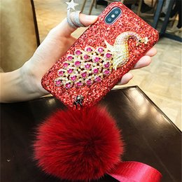 Capa de telefone strass peacock on-line-1 pcs pavão de pedras preciosas handmade strass cristais diamante fofo bola de pele phone case para iphone 6 6 s 7 8 plus x xr xs xs max
