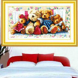 Крестообразный подшипник онлайн-Вышивка крестом, Наборы для вышивания, наборы DIY DMC семейство медведей картина Вышивка крестиком, новогоднее искусство
