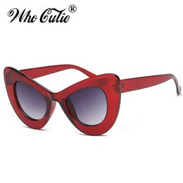 Wholesale Pink Wine Glasses - WHO CUTIE 2018 Peak Cat Eye Sunglasses Sexy Women Brand Designer 90S Vintage Red Wine Frame Cateye Sun Glasses Ray Shades OM499
