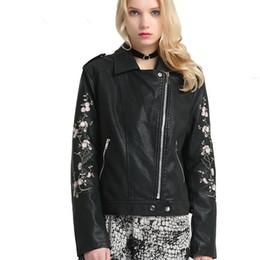 e33e58a662064 2018 printemps automne mode nouvelle femme brodé PU veste en cuir coréen  court manteau mince femme moto outwear L1014