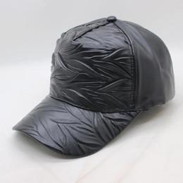 SUOGRY 2018 Fashion Brand Baseball Leather PU Solid Hot SnapBack Gorras  Strapback Hip-Hop Hats for Men Women Hat 9444b50048c4