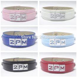 armband alphabet Rabatt ganze saleK-POP 2PM Armband-Armbänder-Legierungs-Schieber-Alphabet-Charme DIY Armband-freies Verschiffen