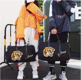 Wholesale Racing Heads - 2 Colors Embroidery Tiger Head Trave Duffle Bag Tide Brand Handbag Large Capacity Bag Sports Fitness Outdoor Bags CCA9438 10pcs