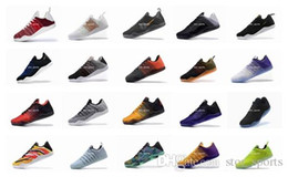 Wholesale kobe christmas - 2018 High Quality Kobe 11 Elite Men Basketball Shoes Kobe 11 Red Horse Oreo Sneakers KB 11 Sports Sneakers With Box