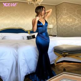 Vestito di seta blu dalla sirena di promenade online-YQLNNE Royal Blue Prom Dresses 2018 lungo raso di seta sirena donne abito da sera vestido de festa C18111601