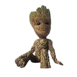 6CM Sentando Groot Figura Brinquedos Mini Árvore Action Man Figuras Modelo Dolls Desk Toy Anime dos desenhos animados Brinquedos do presente para m de