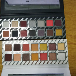 Wholesale Makeup Long Lasting - kylie Eyeshadow naughty and nice 14 color NAUGHTY NICE Eyeshadow Palette & Kyshadow NICE Palette 14 color Highlighter kylie Makeup palettes