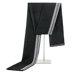 Canada Hommes Écharpe designer Hommes Classique Écharpe En Cachemire Hiver Chaud Doux Tassel Mode Femmes Châle Wrap Nouveaux Foulards supplier cashmere scarfs for women Offre