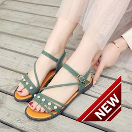 Wholesale Sewing Pearl Buttons - 2018 New Pattern Summer Bohemia Second Flat Bottom Sandals Woman Pearl Beach Shoes Set Foot Student Jia Zhiping With Cool Slipper flip flop