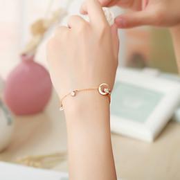 2019 hand armband gold für mädchen Mädchen Armband römischen Ziffern hohle Hand Schmuck Titan Stahl Kette Roségold Farbe Strass Damen Armband günstig hand armband gold für mädchen