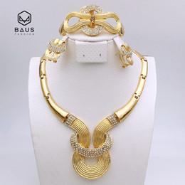 Wholesale Plaque Designs - whole sale2017 NEW design good quality parure bijoux femme Plaque Or bijoux africain ensemble Ethiopian Dubai Nigerian wedding jewelry set
