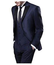 2019 elegante anzug krawatte Elegante Marine Hochzeitsanzug erreichte Revers 4 Stück (Jacke + Hose + Weste + Tie) Männer Anzüge für Abendgesellschaft Männer Abendgarderobe Prom Anzüge nach Maß günstig elegante anzug krawatte