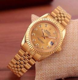 521351d53aa5 2017 Famoso diseño Moda Hombres Reloj Grande Oro plata Acero inoxidable  Relojes de cuarzo de alta calidad para hombre Reloj de hombre de negocios  reloj ...