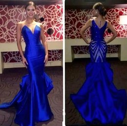 Wholesale sexy elegant fitted dresses - 2018 Royal Blue Lace Prom Dresses Formal Sexy V-cut Neck Backless Fitted Mermaid Floor Length Elegant Home Party Dresses Evening Gowns