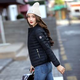 5adcd0876fc4 2017 europa e américa moda jaqueta curta mulheres outono e inverno fina luz  casaco de algodão feminino de enchimento plus size 3xl casacos