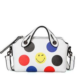 f4336273f9 2017 moda femminile piccola pelle PU sorridente viso stampa donne Messenger Borse  tracolla Tote Bag ragazza borsa donna borsa
