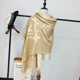 Top Quality Classic Designer Europeu Das Mulheres marcas de luxo Imprimir Lenço De Seda Lenços De Seda Elegante Envoltório tamanho de Fornecedores de coreano, meninas, tricotar, suéter