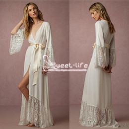 Wholesale Cheap Sleepwear - Cheap 2018 Elegant Long Sleeves Bridesmaid And Bride Robes Chiffon Bathrobe Robe Women Floor Length Lace Sleepwear for Wedding Party