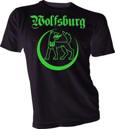 Pantalones cortos de camiseta de fútbol de alemania online-Vfl Wolfsburg Alemania Bundesliga Fútbol Fútbol Camiseta para hombre Jersey Hecho a mano 01 Camiseta Hombre Hombre Geek Blanco Manga corta personalizada XXXL Pareja