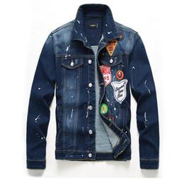 2019 giacca di jeans di disegno degli uomini 2019 Nuovi Uomo più etichettatura Denim Jacket L Studded Lettera PABLO Design Spring Jacket Jean Coats Formato monopetto M-XXL 912 giacca di jeans di disegno degli uomini economici