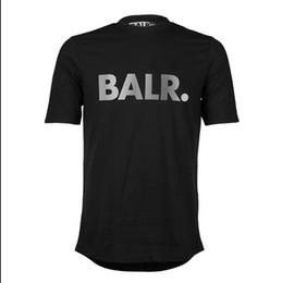O envio gratuito de t-shirts dos homens marca Balr rua maré de manga curta em torno do pescoço solto de manga curta de algodão dos homens personalidade T-shirt dos homens de Fornecedores de homens moda camisa preta bonita