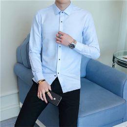 Camicia da uomo coreano a maniche lunghe da uomo Slim Camicia 2018 Designer  di moda nuovo di zecca Plaid di alta qualità Abbigliamento maschile T-shirt  da ... fe10d401e5d9