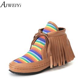 AIWEIYi Kadınlar için Baskı Ayak Bileği Çizmeler Püskül Dantel Up Düz Ayakkabı Kadın Sonbahar Kış Ayak Bileği Çizmeler Rahat Ayakkabılar Kadın Botas supplier tassel casual shoes nereden paskalya gündelik ayakkabısı tedarikçiler