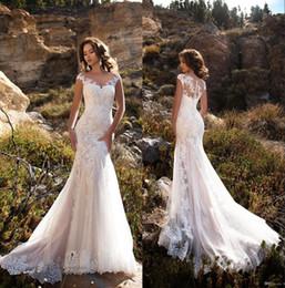 photos de mariage d'été Promotion Robes de mariée sirène dentelle élégante pure cap manches dentelle Applique balayage train robes de mariée mariage avec boutons BA8413