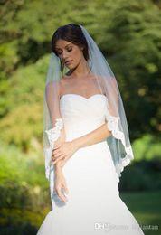Wholesale Lace Wedding Veils For Sale - New In Stock sale 1 Layer Lace Edge Bridal Veil Tulle Veils Short Bridal Wedding Veils for Brides Elbow Length Lace Applique Veils