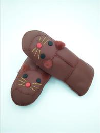 Модные перчатки без пальцев женщин онлайн-Бесплатная доставка новый г-жа митенки кот выкройка мода перчатки милые женщины теплые из натуральной шерсти кожаные перчатки